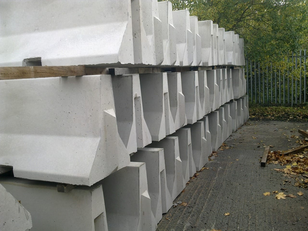 Flawless Design of Jersey Barriers