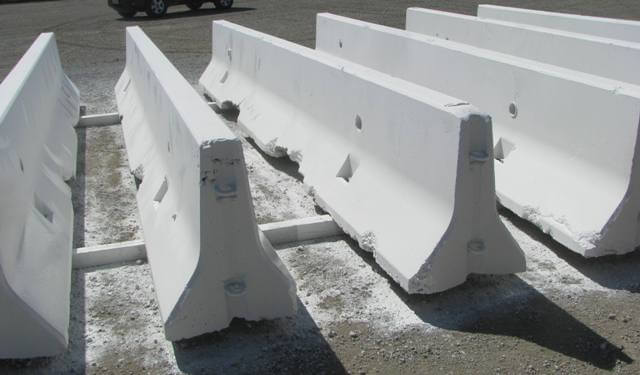 How to Choose the Right K-Rail Barrier