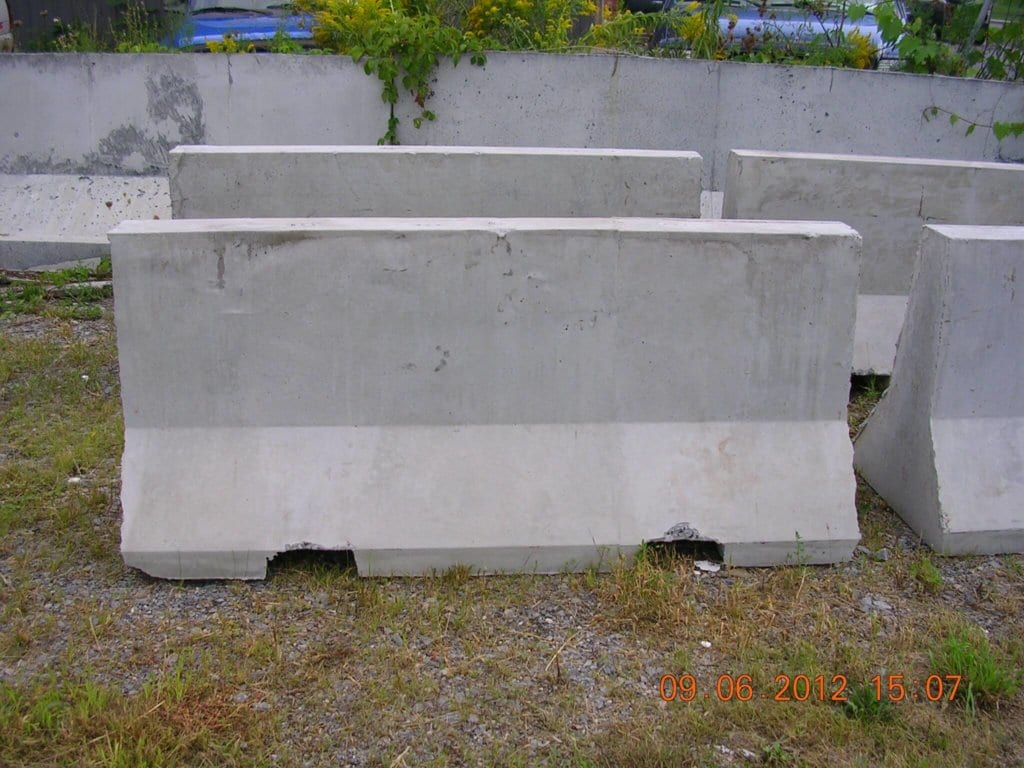 6 Mini Jersey Barrier Small Vehicle Safety Road Barrier
