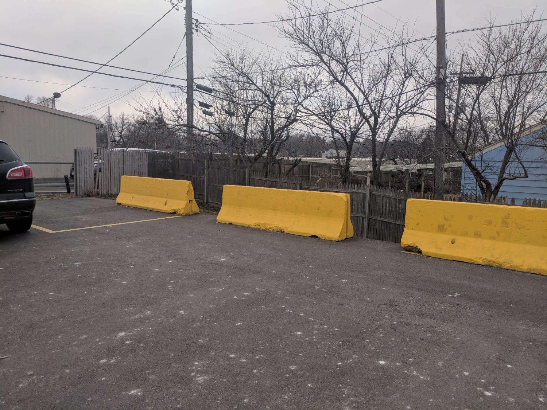 10′ Jersey Barrier
